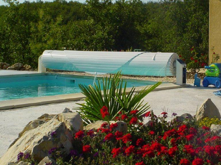 equipement piscine aubenas